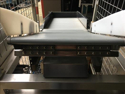 Checkweigher roller conveyor
