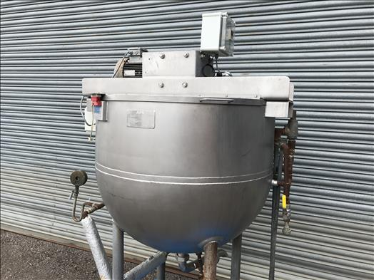APV 500L jacketed mixing vessel