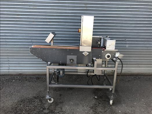 Twin lane collator