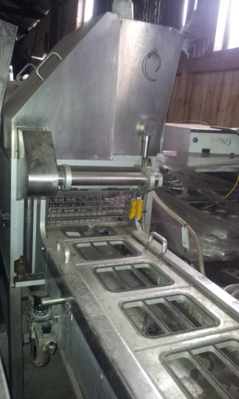 Linear Tray Sealing Line