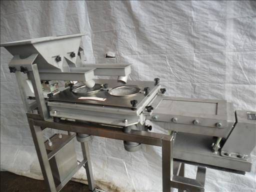vibratory sieving unit