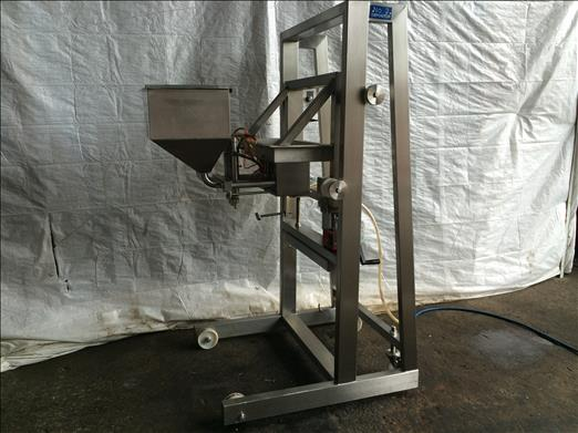Four head pneumatic depositor