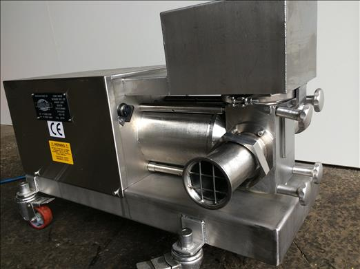 Stainless transfer pump
